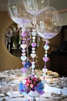 ballon confetti centre table