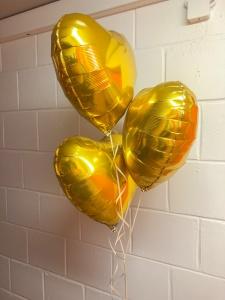 Bouquet de Ballons Cœurs dorés